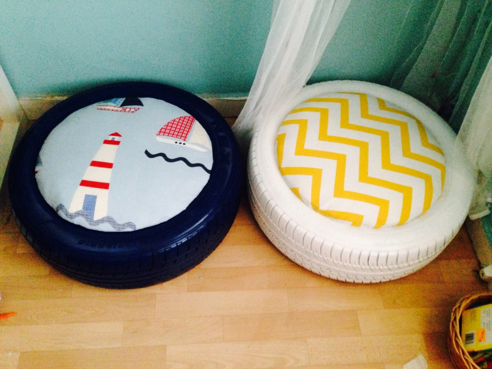 Image of DIY kids seating made from upcycled tyres