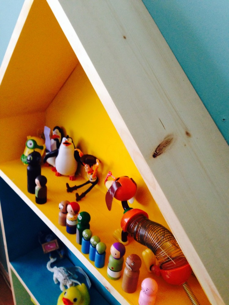 Close up of the figurine house