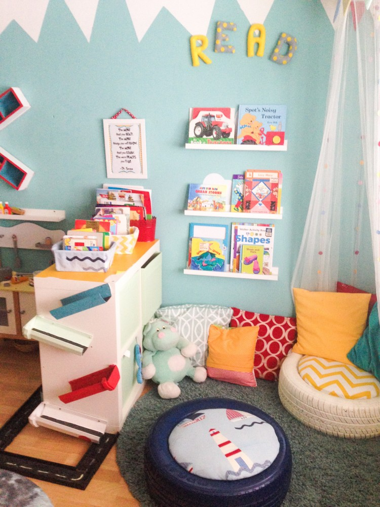 DIY KIDS TYRE SEATING in the reading nook