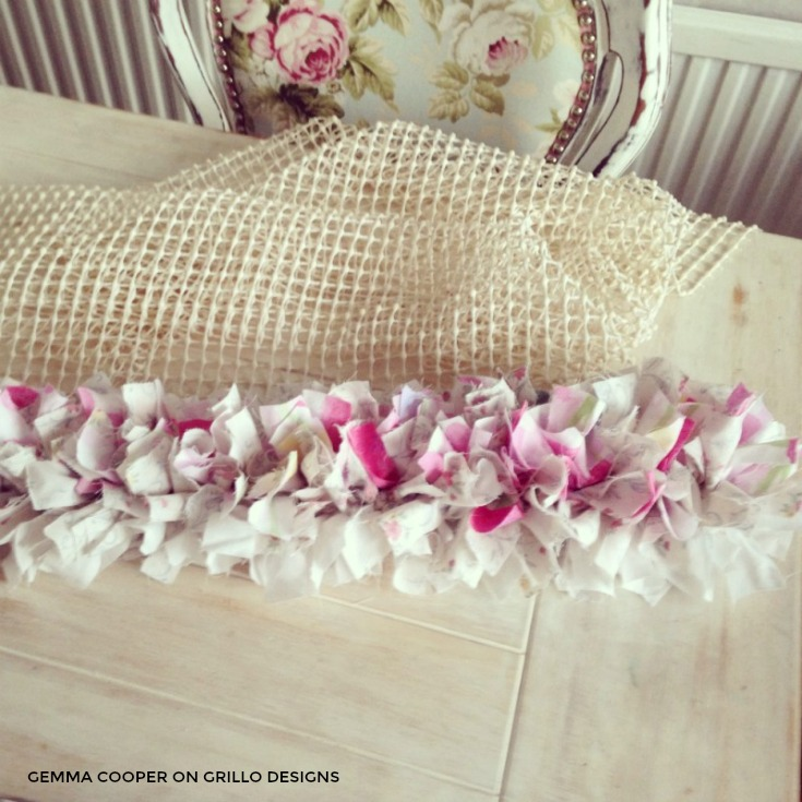 Easy tutorial on how to make a rag rug / grillo designs www.grillo-designs.com