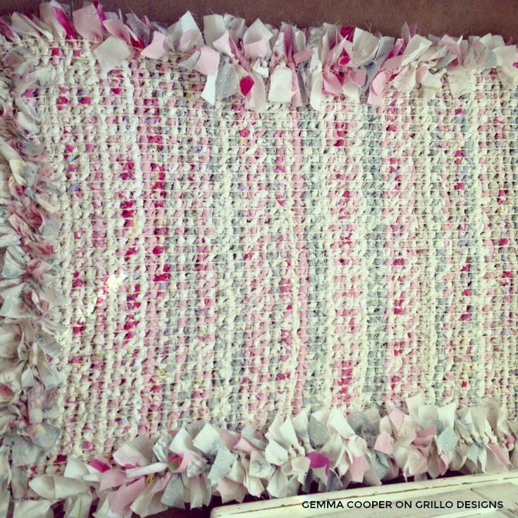 The Underside Of The Diy Rag Rug /grillo Designs Www.grillo Designs.