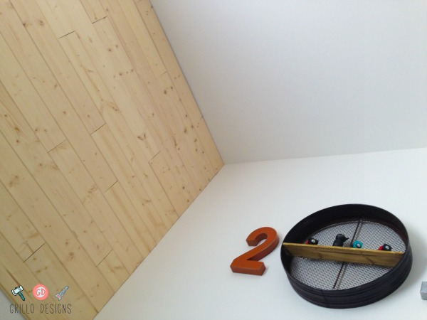 HOW TO MAKE A WOODEN FEATURE WALL