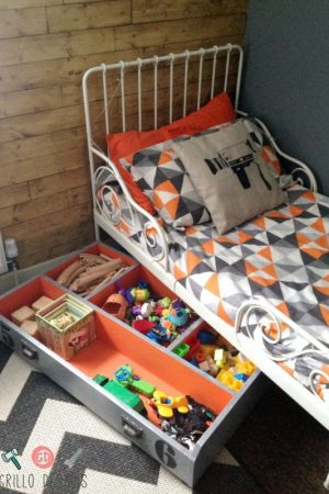 Diy under bed storage box for toys / Grillo Designs www.grillo-designs.com