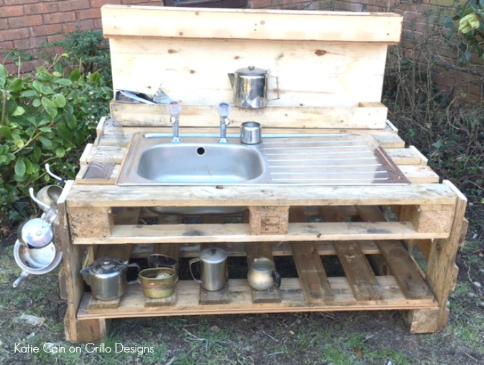 Pallet Kitchen Sink Base
