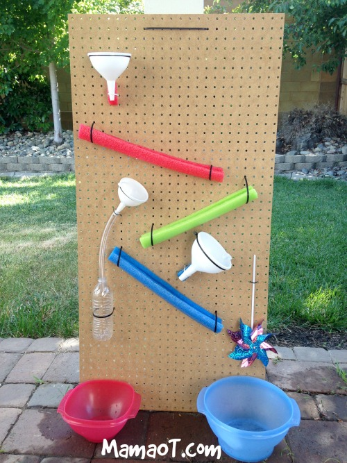 24 fun playful outdoor diy projects for kids grillo for Diy water wall