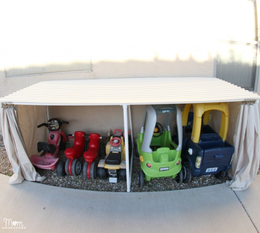 Outdoor-Toy-Car-Organization-1024x918