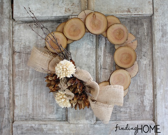 Burlapandwoodnaturalfallwreath_thumb (1)
