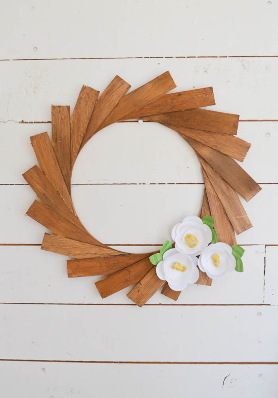 Make-a-Wood-Shim-Wreath