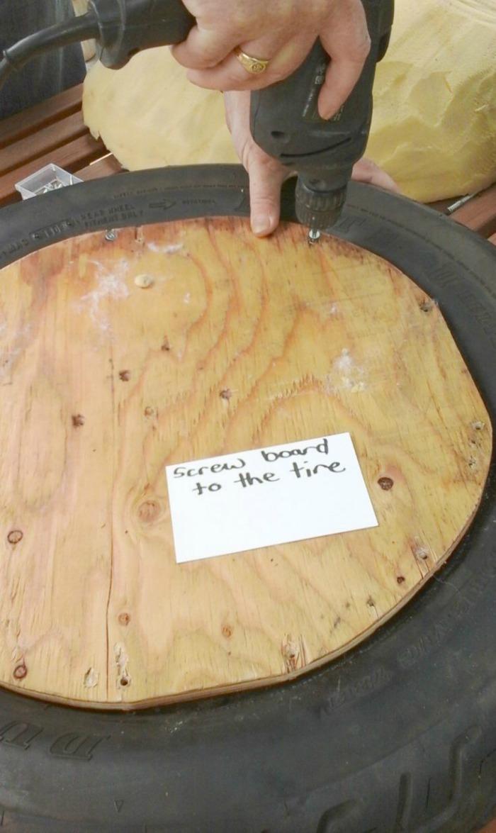 Use tyres (tires) to make mushroom garden stools/ Grillo Designs www.grillo-designs.com