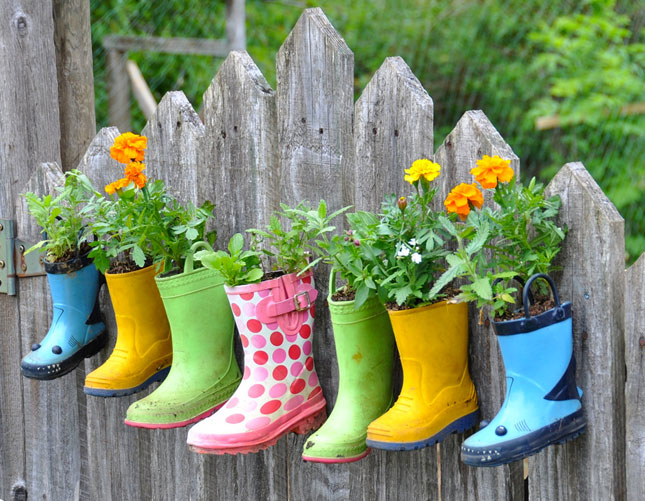 planter ideas boots