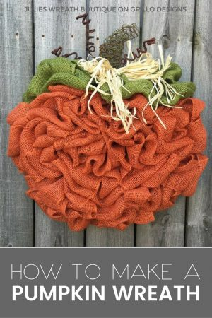 Easy way to make burlap pumpkin wreath tutorial / www.grillo-designs.com