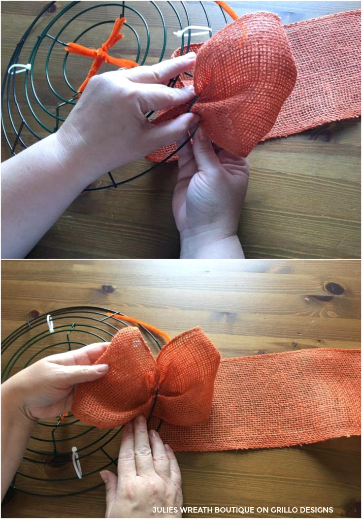 easy steps to make a diy pumpkin wreath / Grillo Designs www.grillo-designs.com