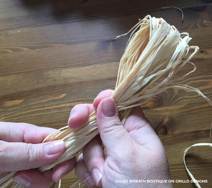 Make a crafty pumpkin wreath for your door/ Grillo Designs www.grillo-designs.com