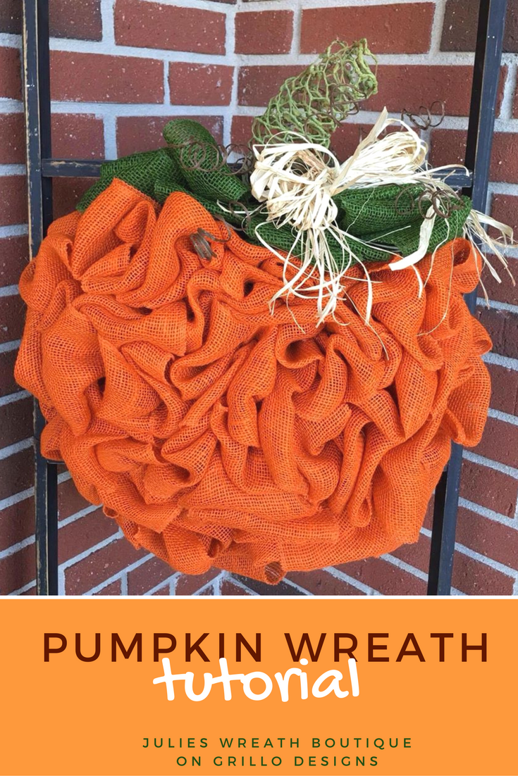 Ever wondered how to make a DIY pumpkin wreath? This tutorial by Julie Oxendine will show you step by step how to make the perfect pumpkin wreath for Fall / Grillo Designs www.grillo-designs.com
