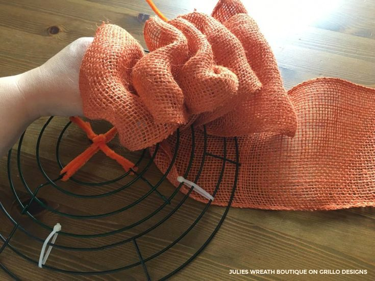 pumpkin-wreath-tutorial-8
