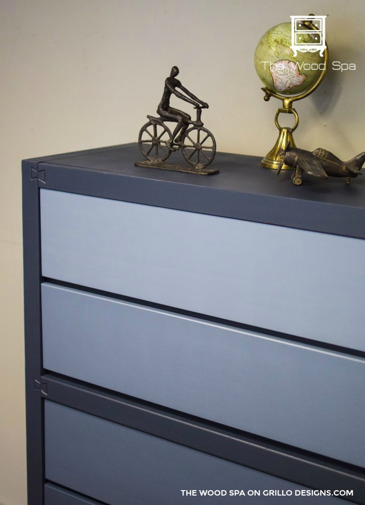 Gorgeous blue ombre dresser for a boys bedroom / Grillo Designs Blog www.grillo-designs.com