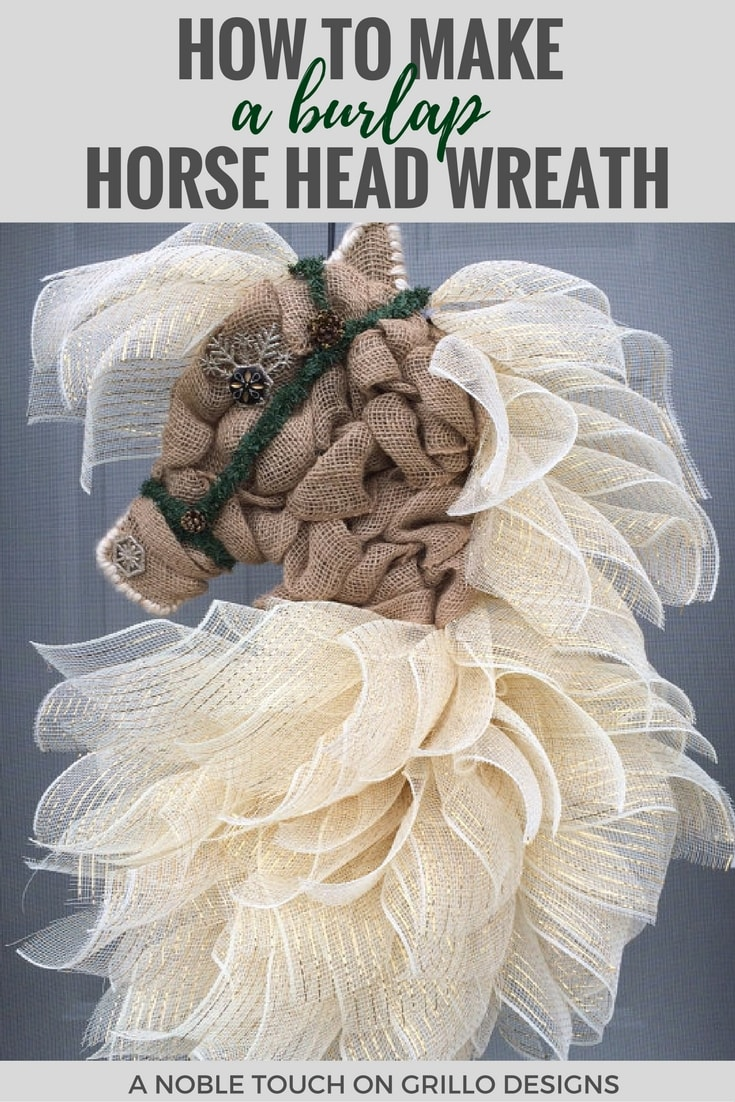 how to make a burlap horse head wreath / Grillo Designs www.grillo-designs.com