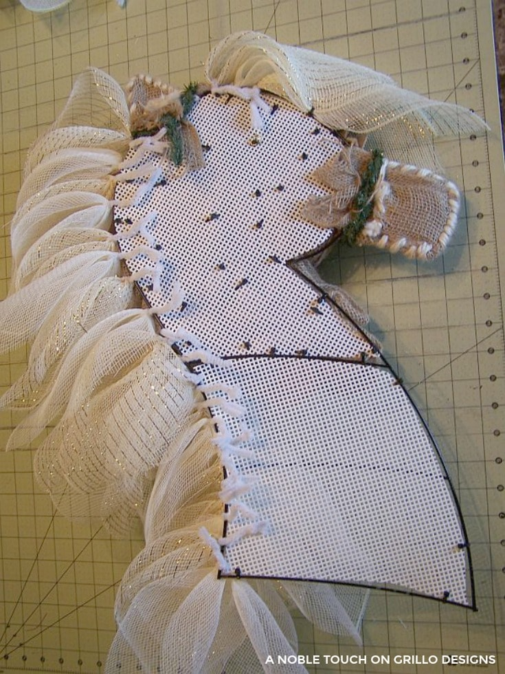 step by step tutorial for a horse hg/ Grillo Designs www.grillo-designs.com