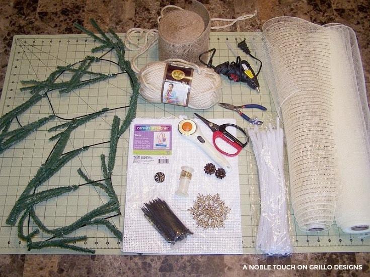 materials used to make a horse head wreath/ Grillo Designs www.grillo-designs.com