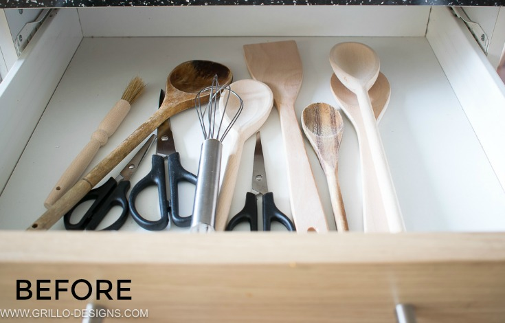 before picture of utensil in drawer before I made the diy utensil rack holder / Grillo Designs grillo-designs.com