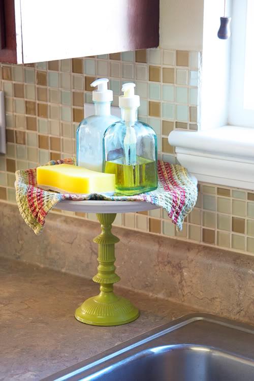 sink organizer to declutter kitchen counters via natalme / grillo designs www.grillo-designs.com