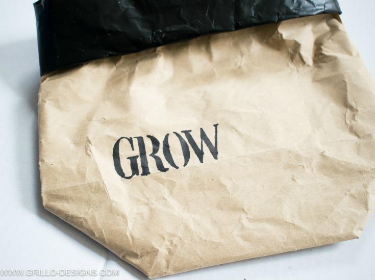 Use a sharpie to stencil on your planter bag / grillo designs www.grillo-designs.com