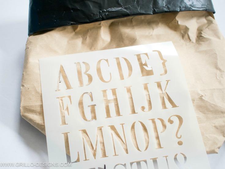 stencil your paper planter bag / grillo designs www.grillo-designs.com