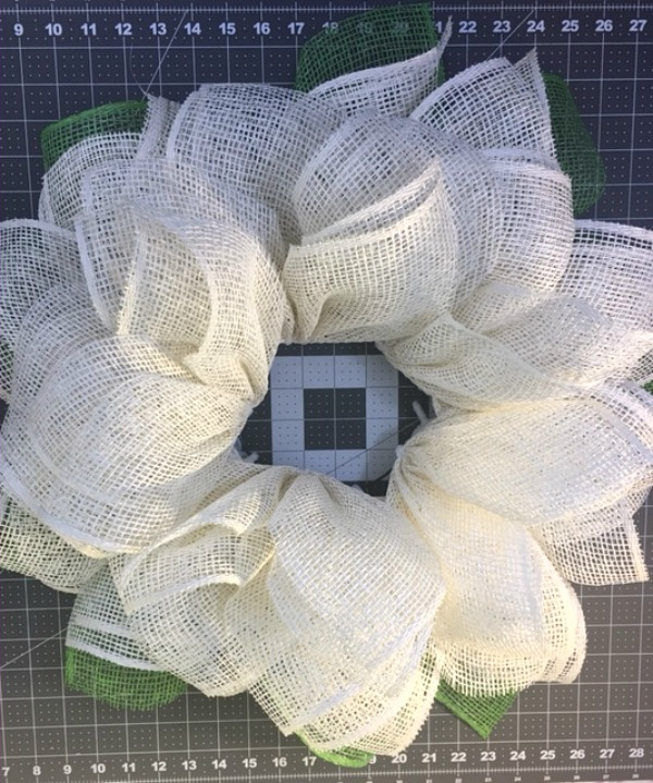 Almost completed poly burlap daisy wreath / Grillo Designs www.grillo-designs.com