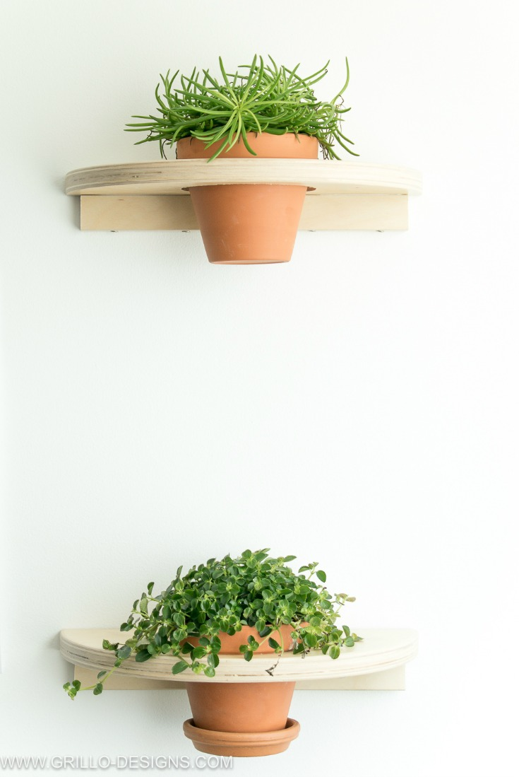 IKEA FROSTA HACK TUTORIAL FOR DIY PLANTER SHELVES / Grillo Designs www.grillo-designs.com