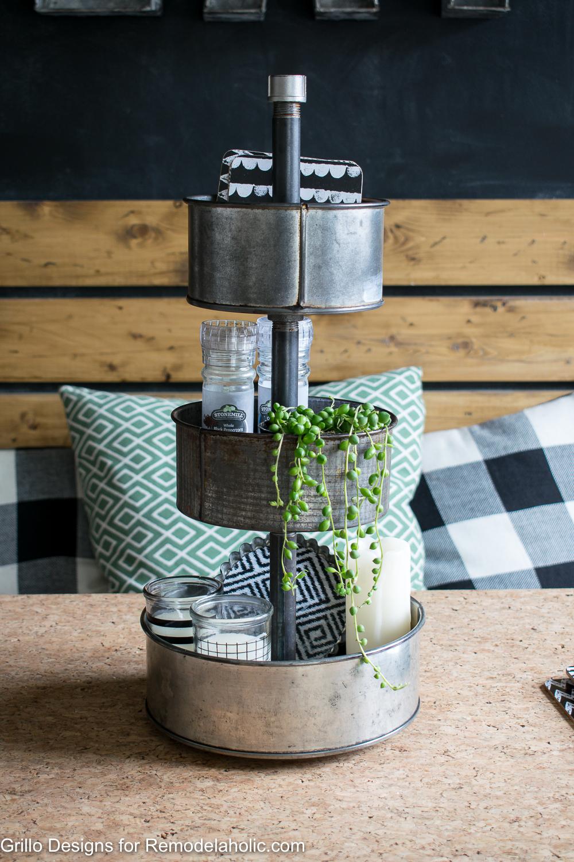 Industrial farmhouse style three tiered stand tutorial / Grillo Designs www.grillo-designs.com