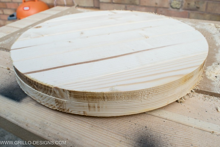 end result of table top for industrial side tableUsing the router to cut the table top for industrial side table / Grillo Designs www.grillo-designs.com