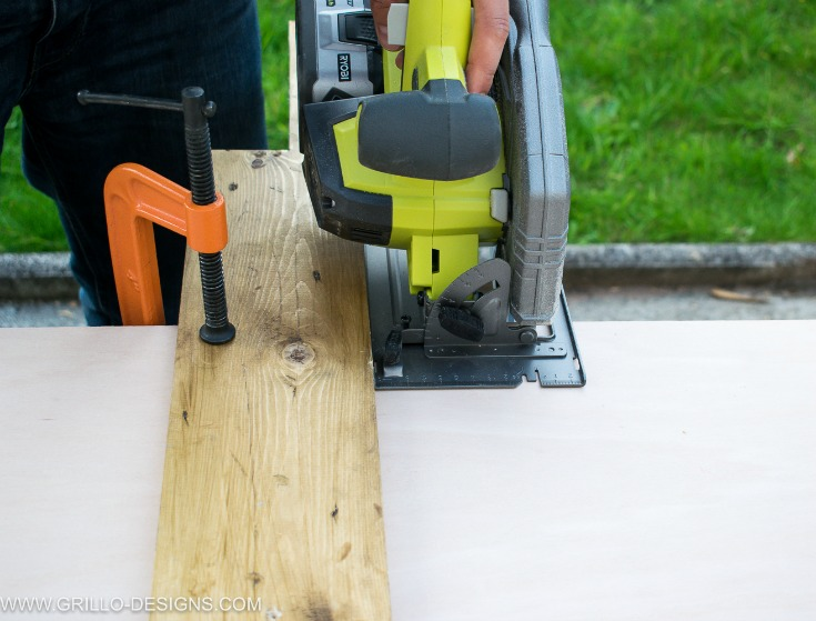 Circular saw used to cut plywood for the hanging spice rack