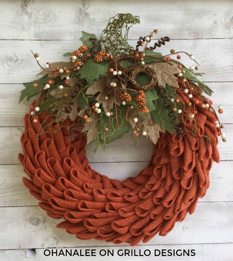 EASY! 10 Steps to Making a Petal Burlap Pumpkin Wreath!