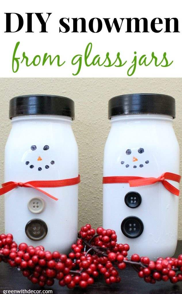 DIY Snowmen Made From Glass Jars / DIY Snowman Decorations / Grillo Designs www.grillo-designs.com