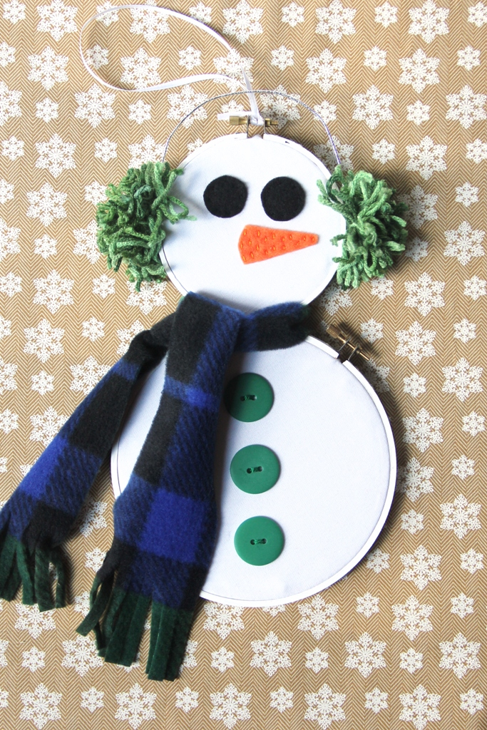 Hoop Art Snowman Craft / DIY Snowman Decorations / Grillo Designs www.grillo-designs.com