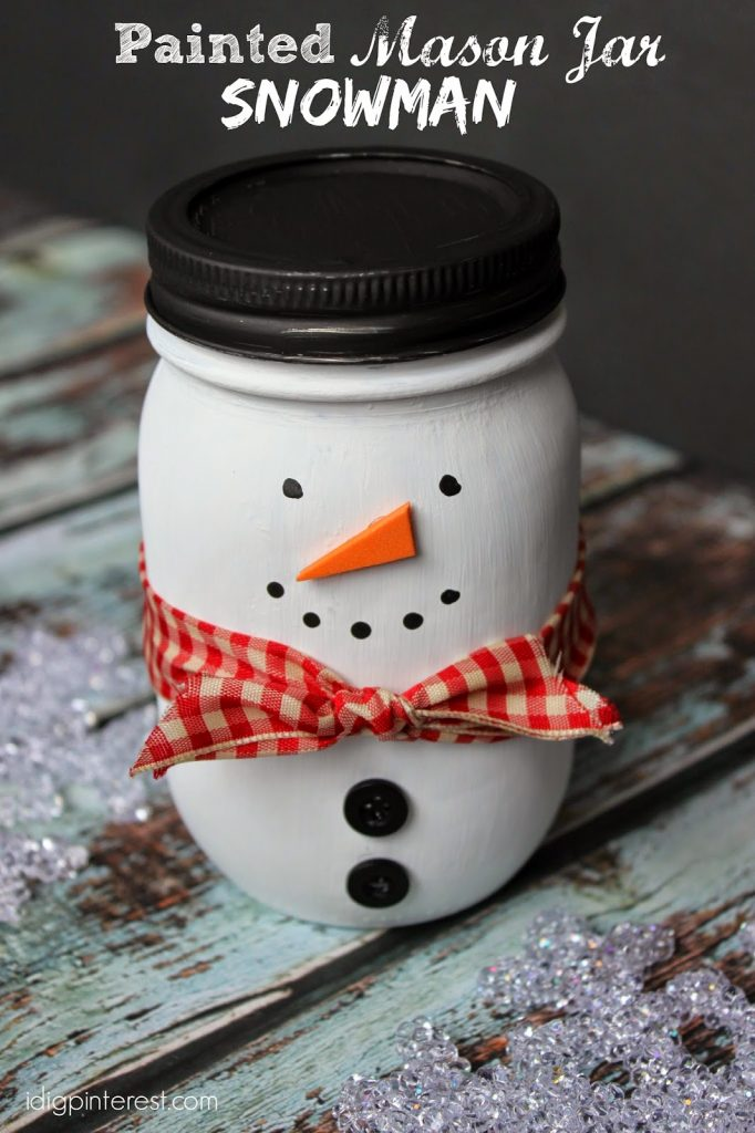 DIY Snowman Decorations mason jar craft / Grillo Designs www.grillo-designs.com