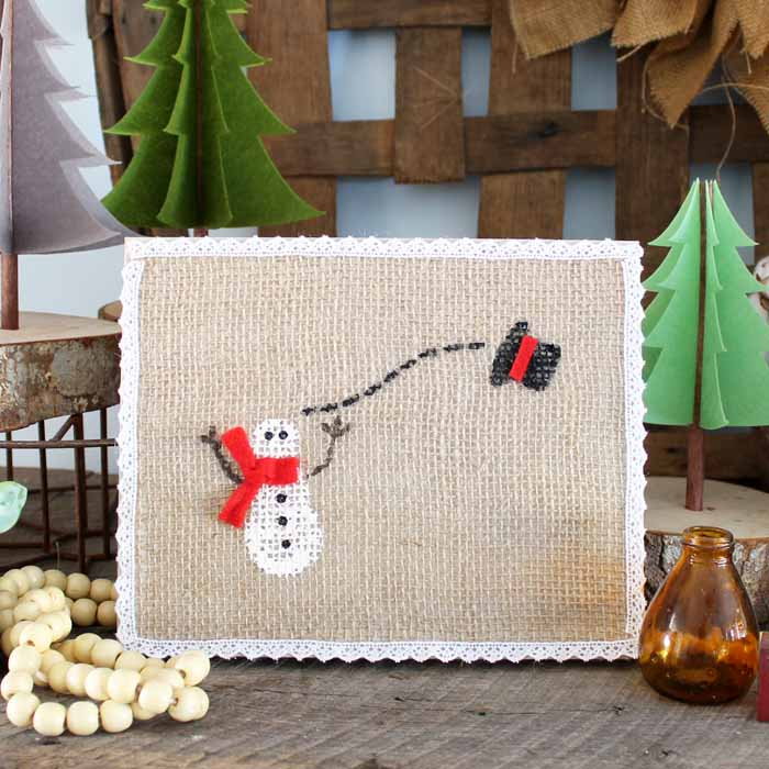 Winter Snowman Burlap Art / DIY Snowman Decorations / Grillo Designs www.grillo-designs.com