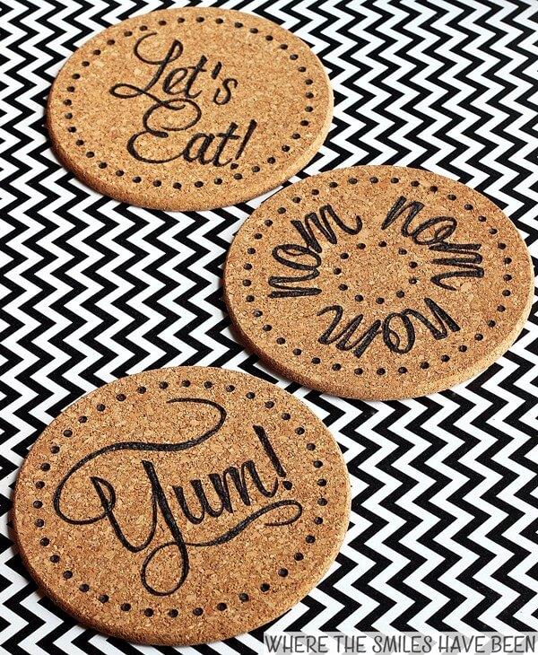 DIY ikea kitchen hacks using the ikea cork mats / Grillo Designs