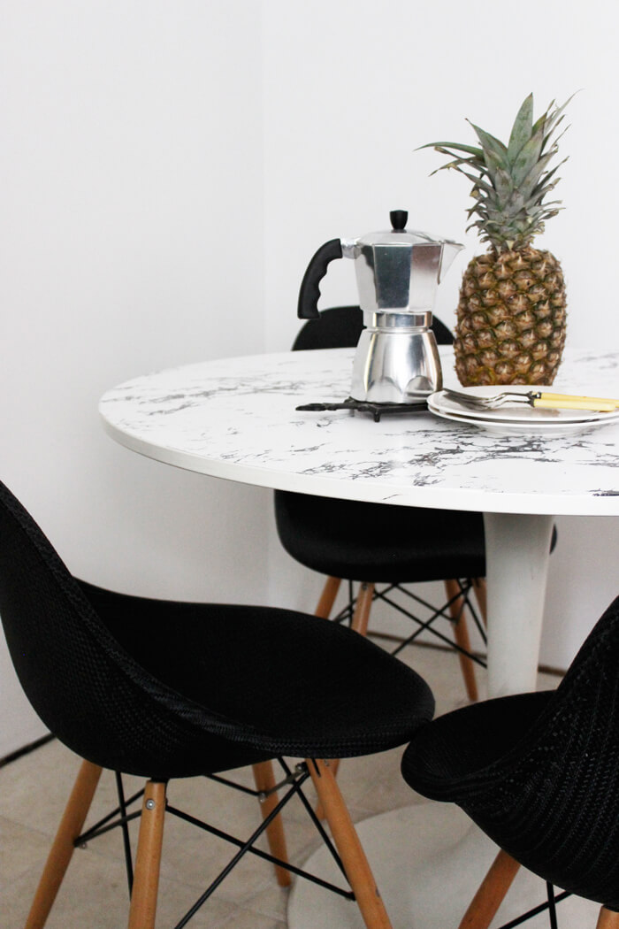 DIY Faux Marble Table IKEA Kitchen Hacks / Grillo Designs