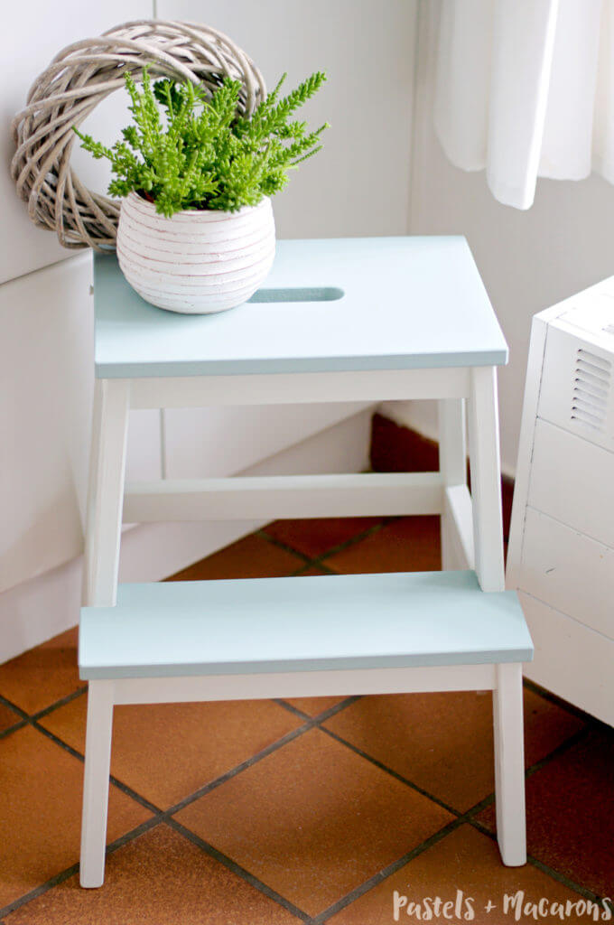 IKEA kitchen hack using the Ikea Step Stool / Grillo Designs