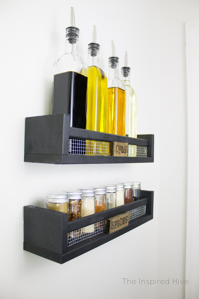 Rustic Farmhouse Style Spice Rack IKEA Kitchen Hacks / Grillo Designs