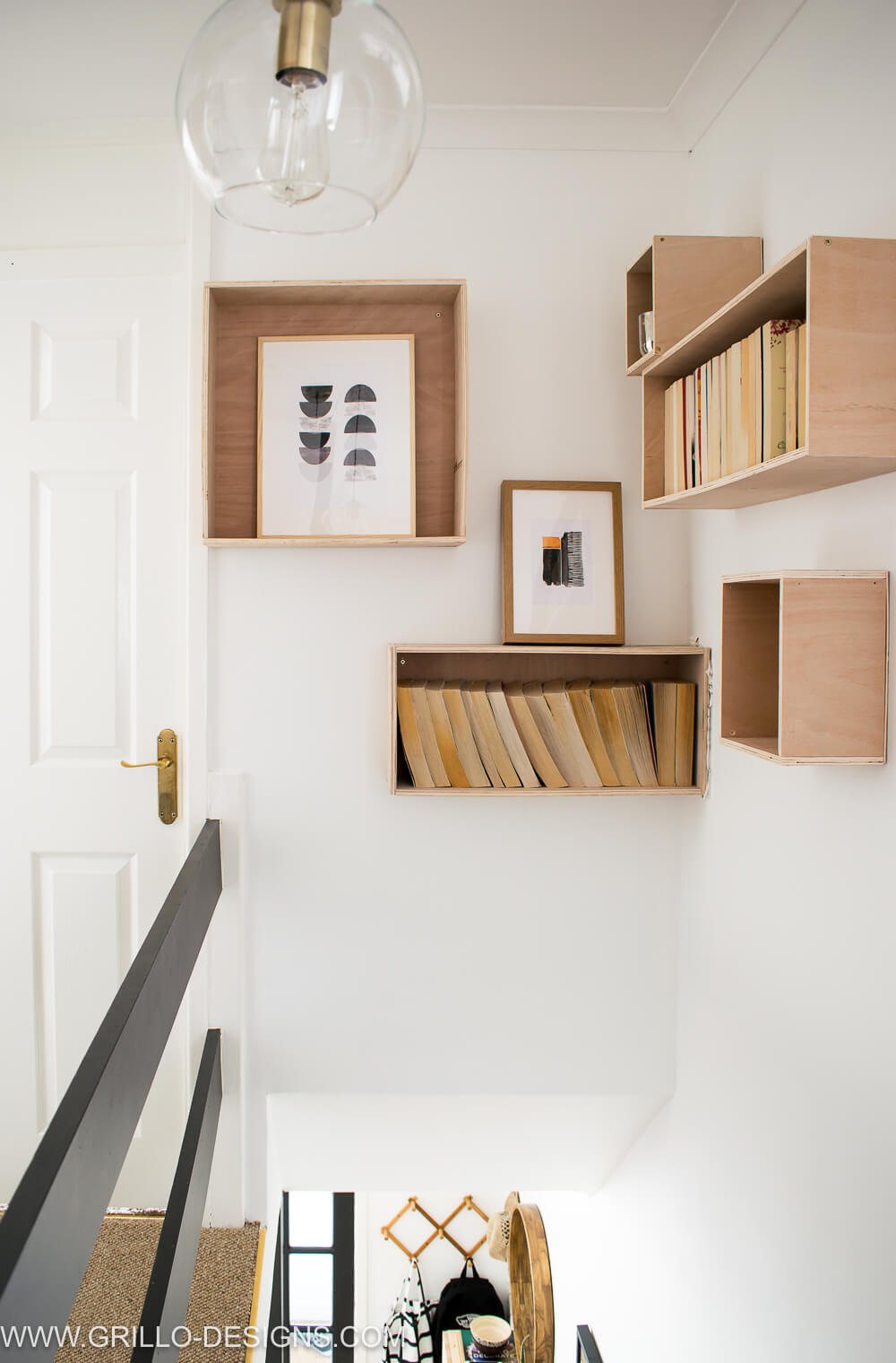 easy plywood bookshelves above the stairs makeover / Grillo Designs