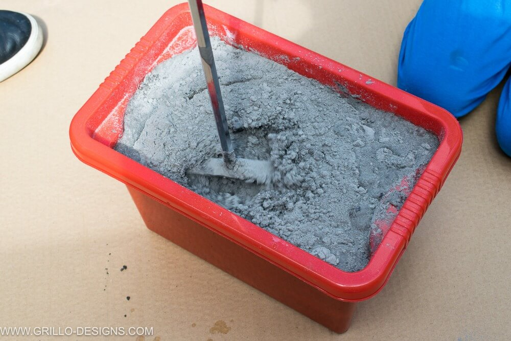 Mix grout for the tile trough planter / grillo designs