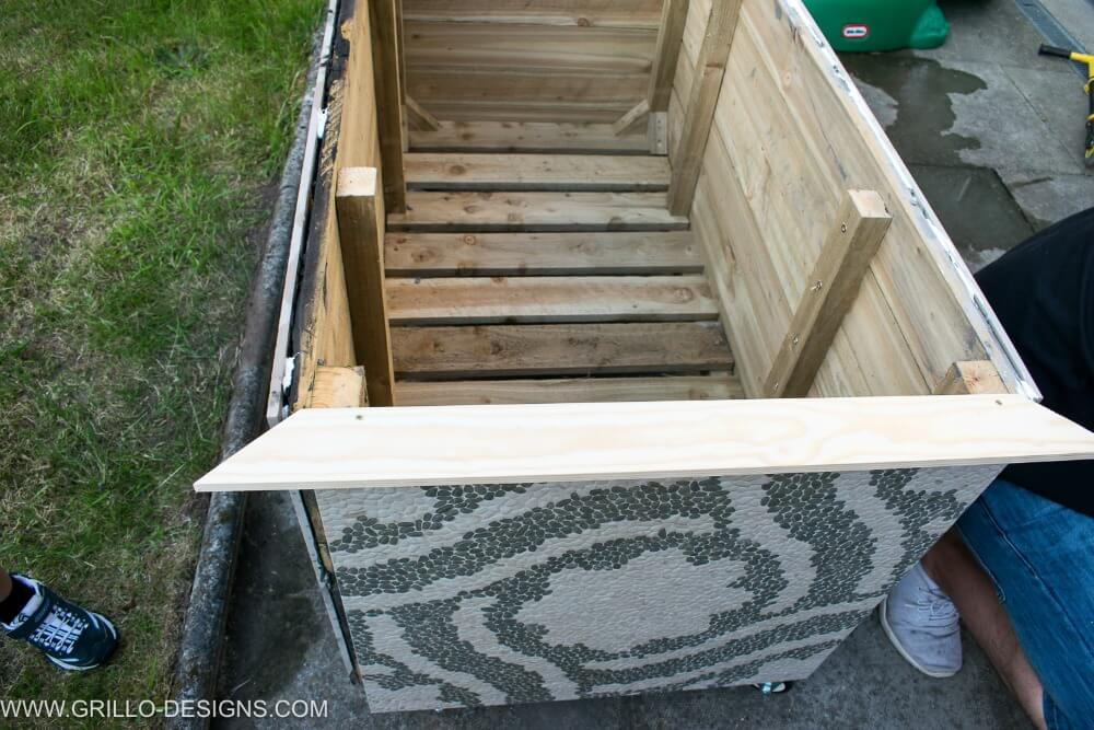 Make a diy trough planter box / grillo designs