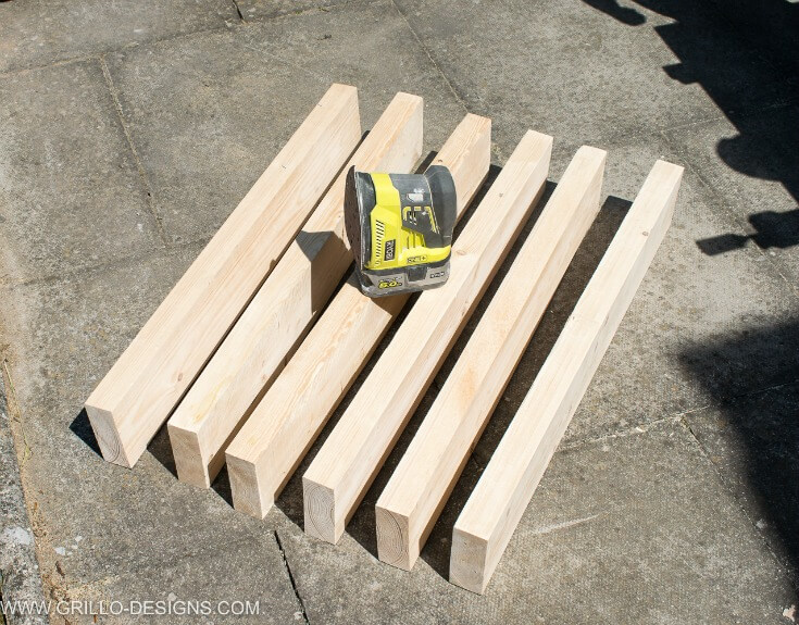 How to build a rustic outdoor sofa / Grillo Designs