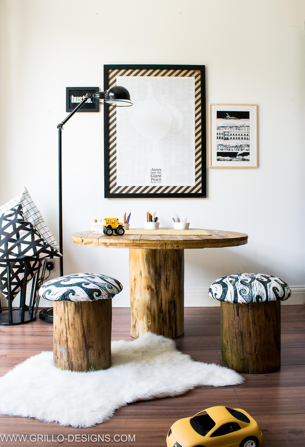 Rustic tree trunk table tutorial / grillo designs
