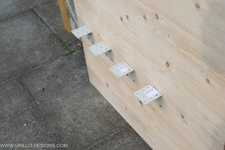 Apply all L shaped brackets to the outdoor sofa panel / grillo designs