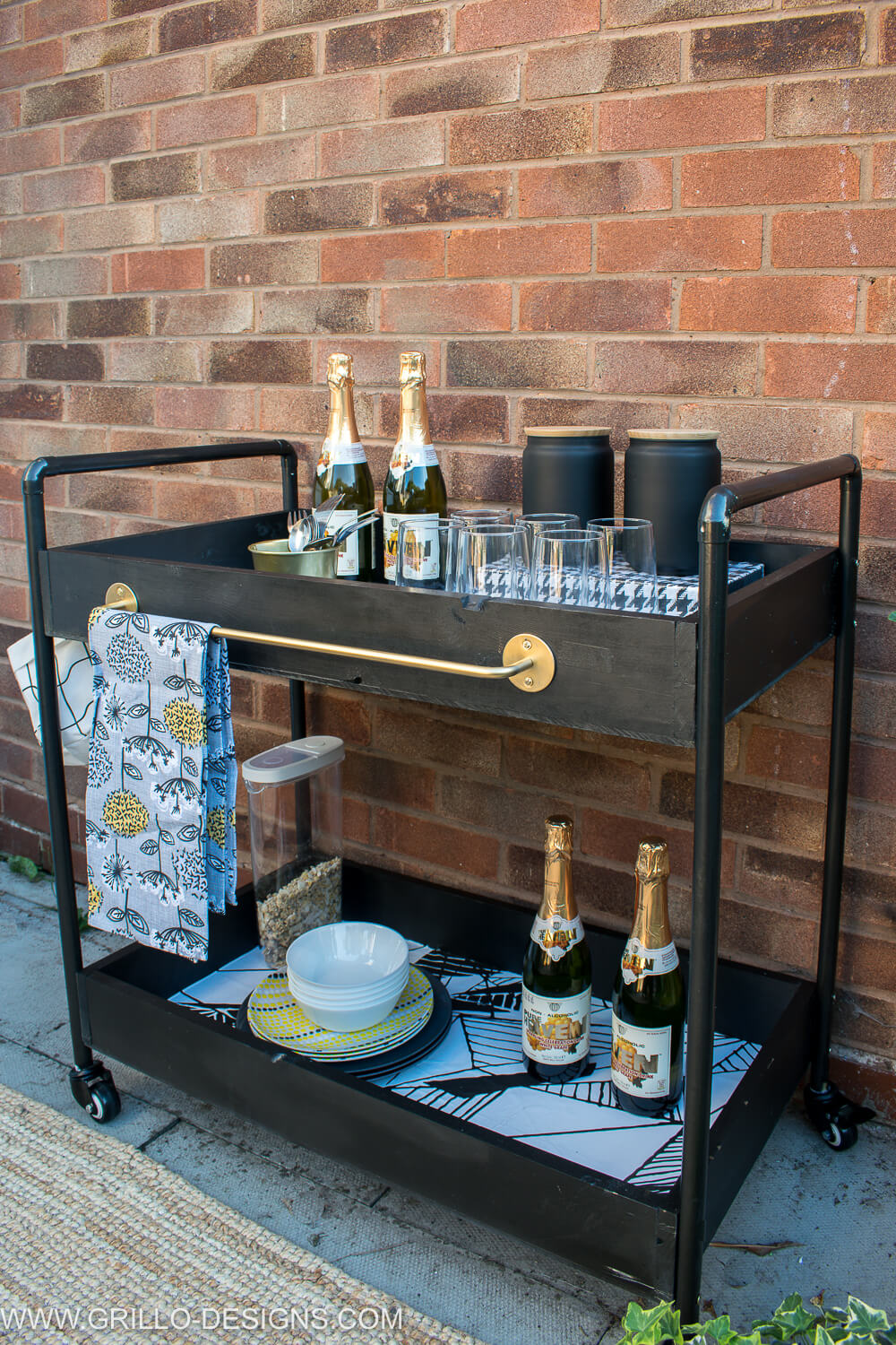 How to build an outdoor rolling bar cart / grillo designs