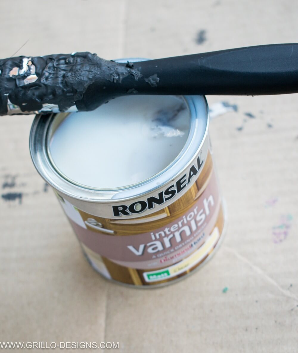 How to paint glass panel doors / Seal the door with ronseal vanrish