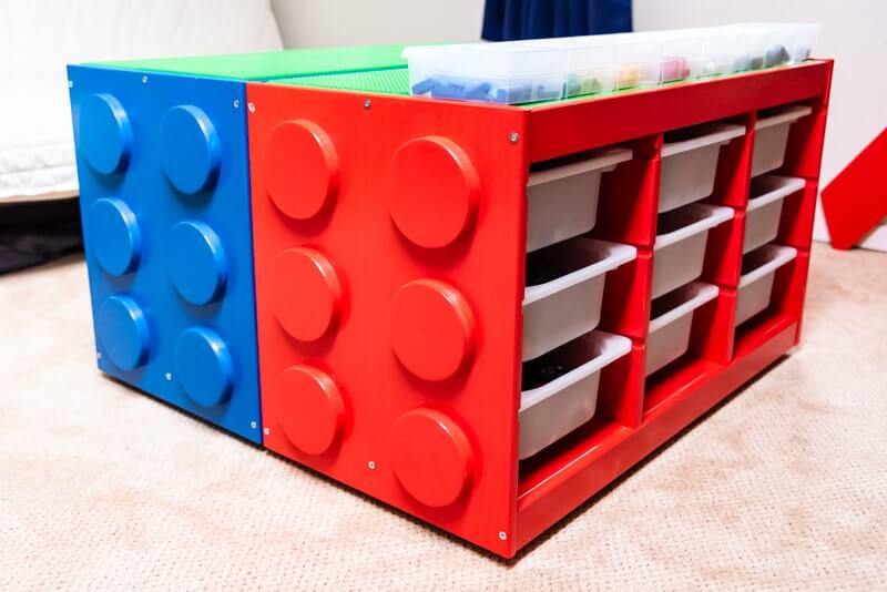 ikea trofast hacks - a lego inspired table using 2 trofast units - painted blue and red